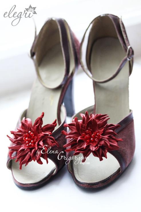 Цветы из кожи для обуви своими руками